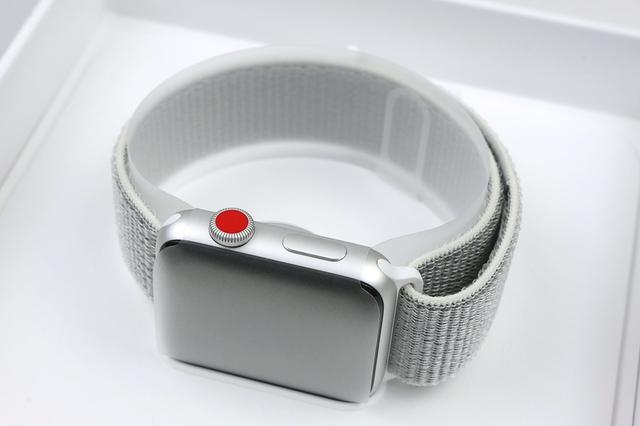 AppleWatch_03.jpg