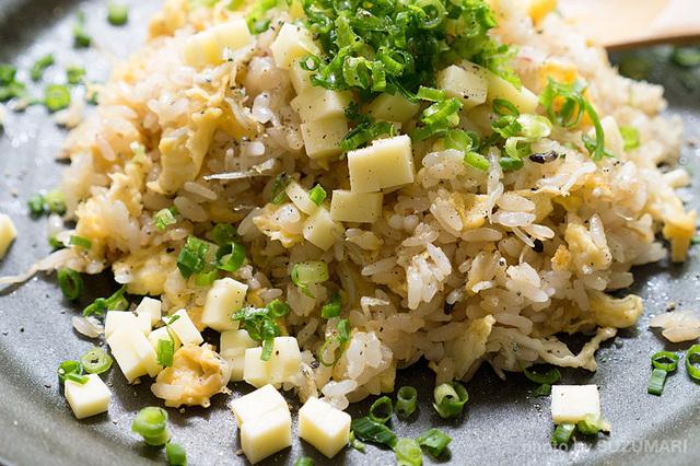 しらすとチーズのバター醤油炒飯-2.jpg