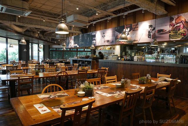 RoBoHoN_Cafe_07.jpg