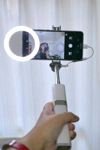 selfie-stick_07.jpg